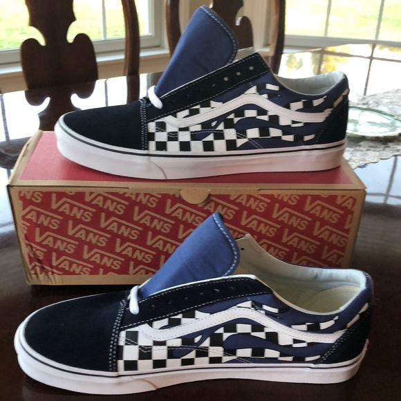 OLD SKOOL Checker Flame- Navy True 4163f7fe4